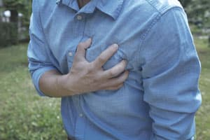 man having heart problems due to an overdose